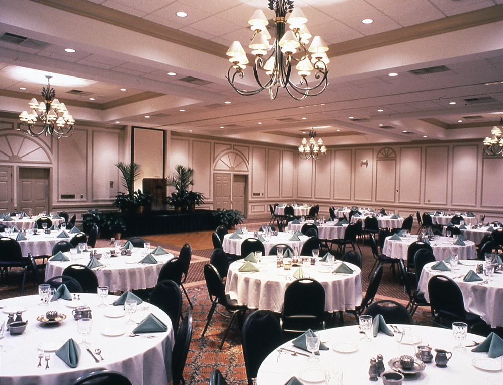 Convention Hall Dining
