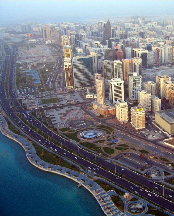 ABU DHABI CORNICHE Waterfront Master Plan / Landscape Architecture Abu Dhabi, Abu Dhabi, UAE