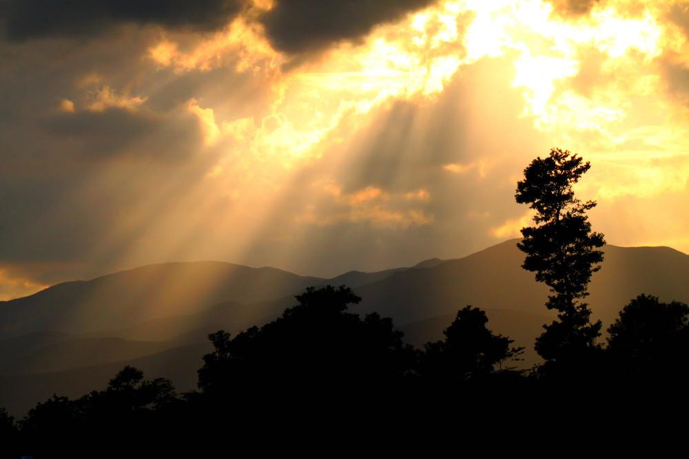 #20 - He Shines His Light