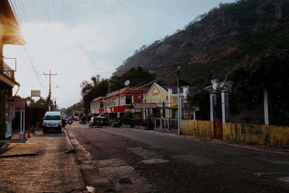 guatemala-amber-gress-0105-.jpg