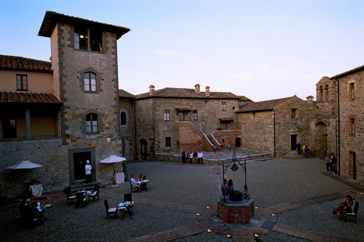 castel-monastero-tuscany04.jpg