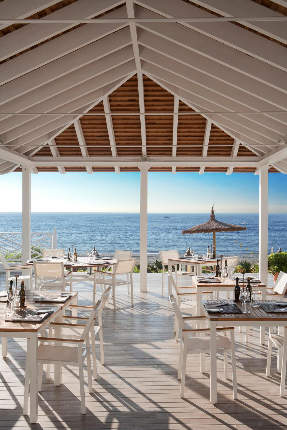 Beach Club Bar 2.jpg