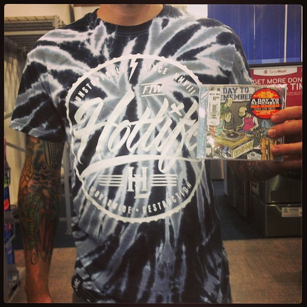 Random bestbuy find. Check the #artwork I made for the #ADTR #oldrecord album back in the day. It's cool to be able to find my designs at random places. Also reppin that new #HOTLIFE UNSTOPPABLE #TIEDYE shirt. #summer is here. #fun #random #adaytoremember #myartwork #illustration #streetwear #clothingcompany #florida  #bestbuy