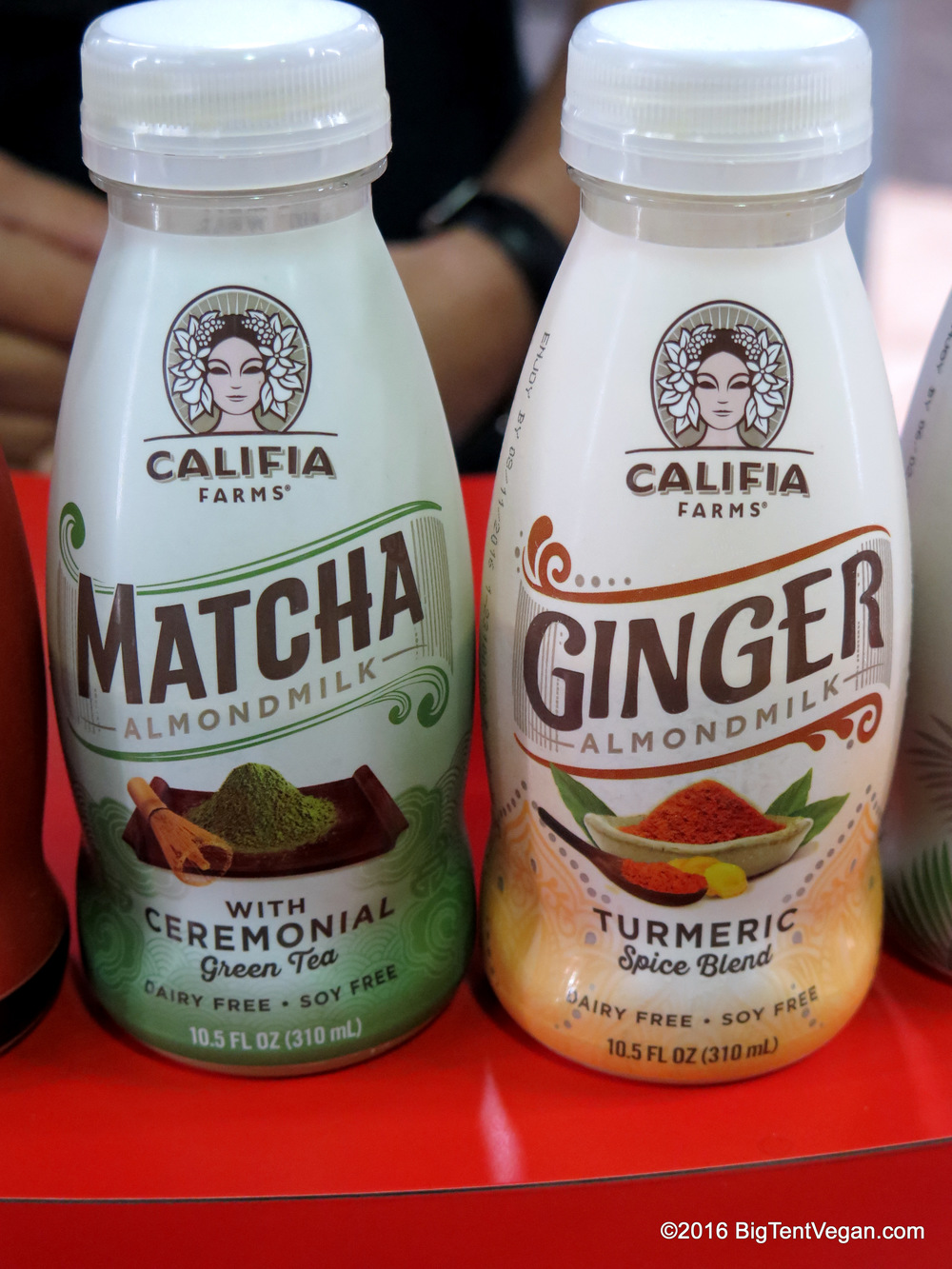 Calafia Farms Matcha & Ginger Almond Milk