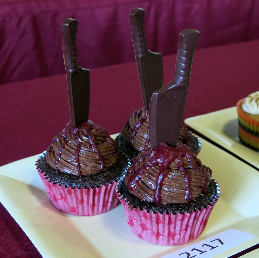 2nd PLACE: ROMINA NARANG ( LIGHT AND HEALTHY DESSERTS )     dARK CHOCOLATE AND RASPBERRY CUPCAKE / DEATH BY CHOCOLATE