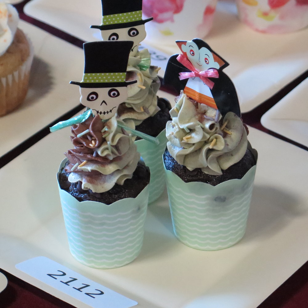 3rd PLACE: Breanna Schmit   ( abloom bakeshop )     chocolate matcha mint cupcakes