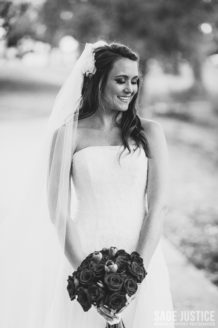 59 Gorgeous bride balboa park black and white.jpg