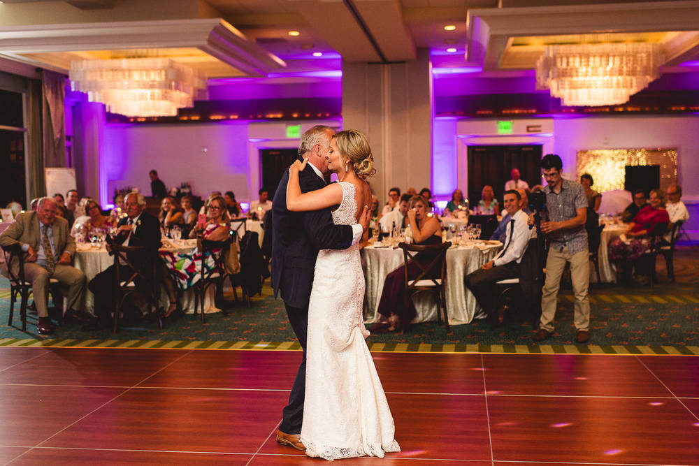 father-daughter-first-dance