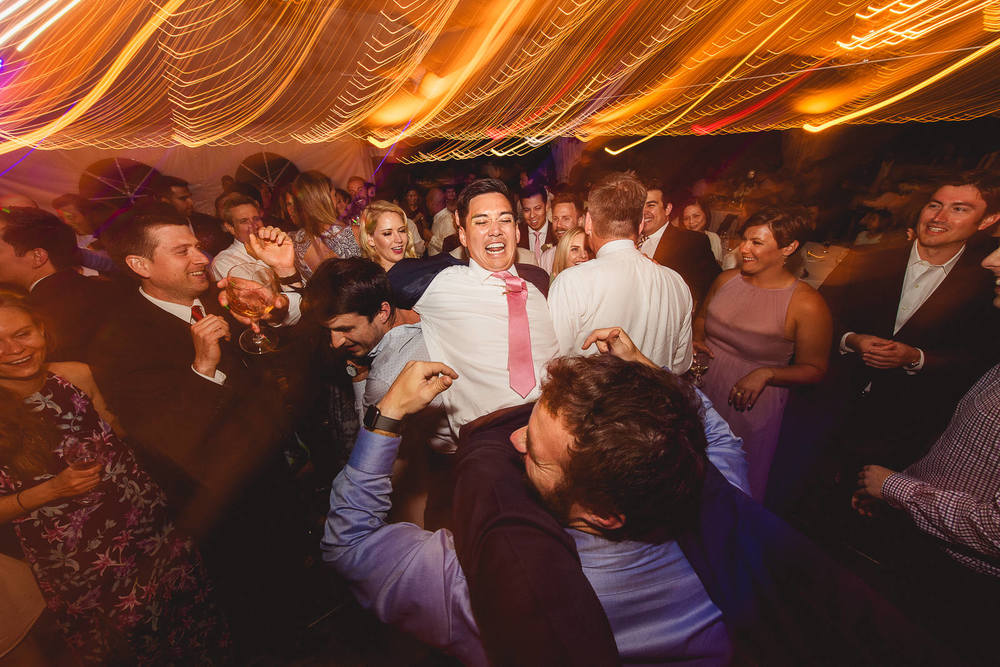funny-wedding-reception-dance