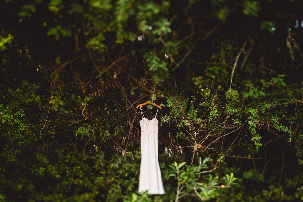 creative-wedding-details-dress