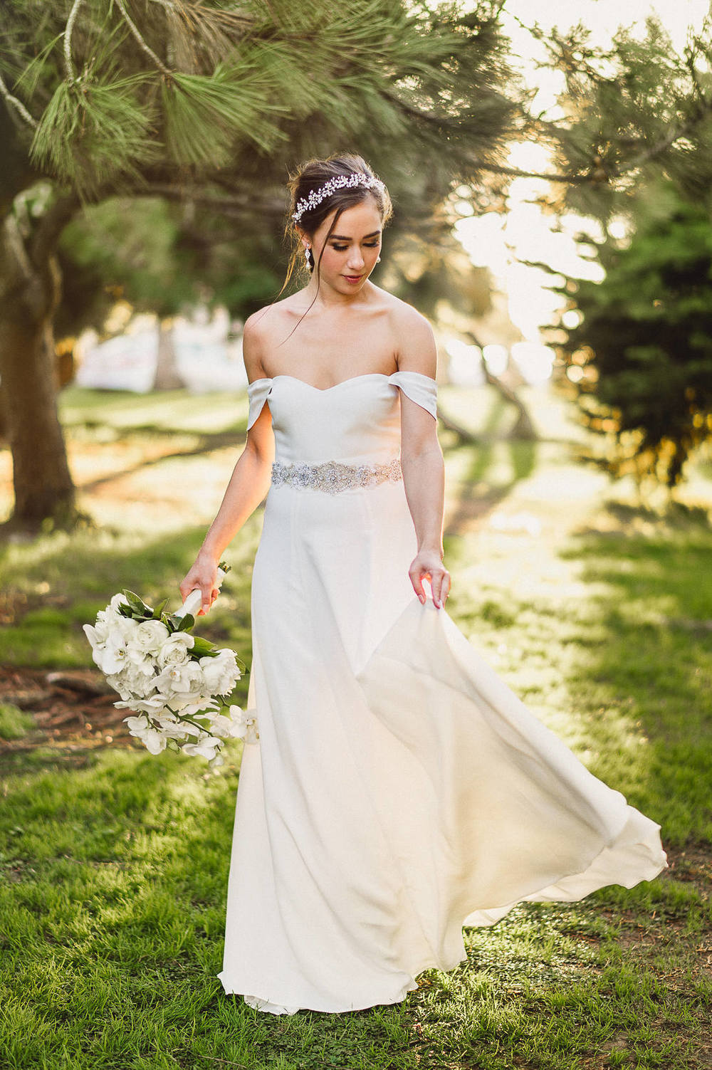 la-jolla-scripps-browning-park-bride-photos