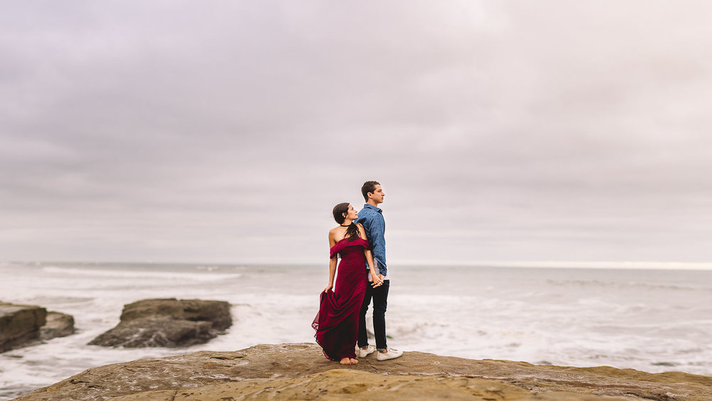 sunset-cliffs-engagement-session