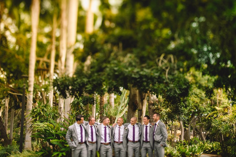 paradise-point-creative-groomsmen-wedding-photo