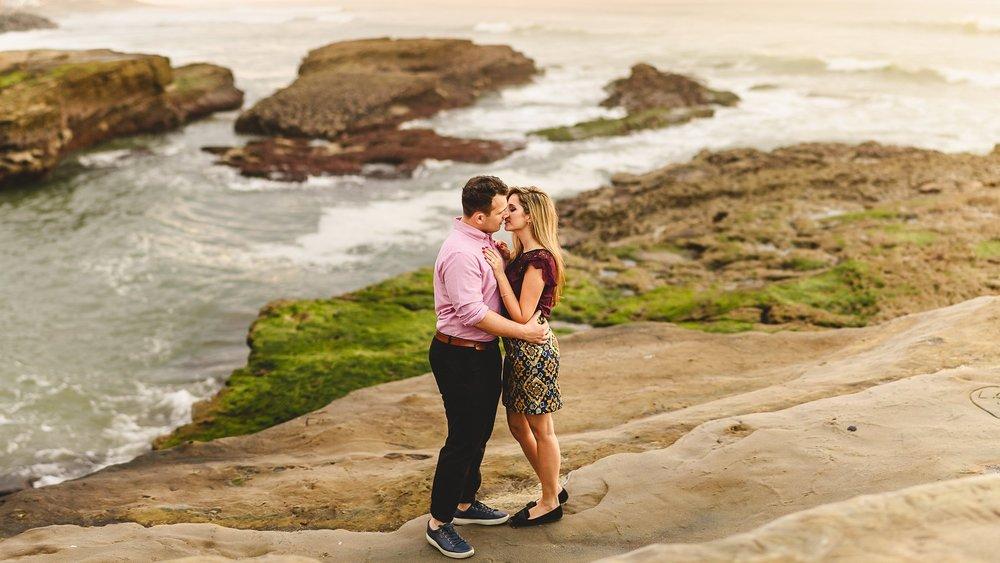 sunset-cliffs-surprise-proposal-photos-1.jpg