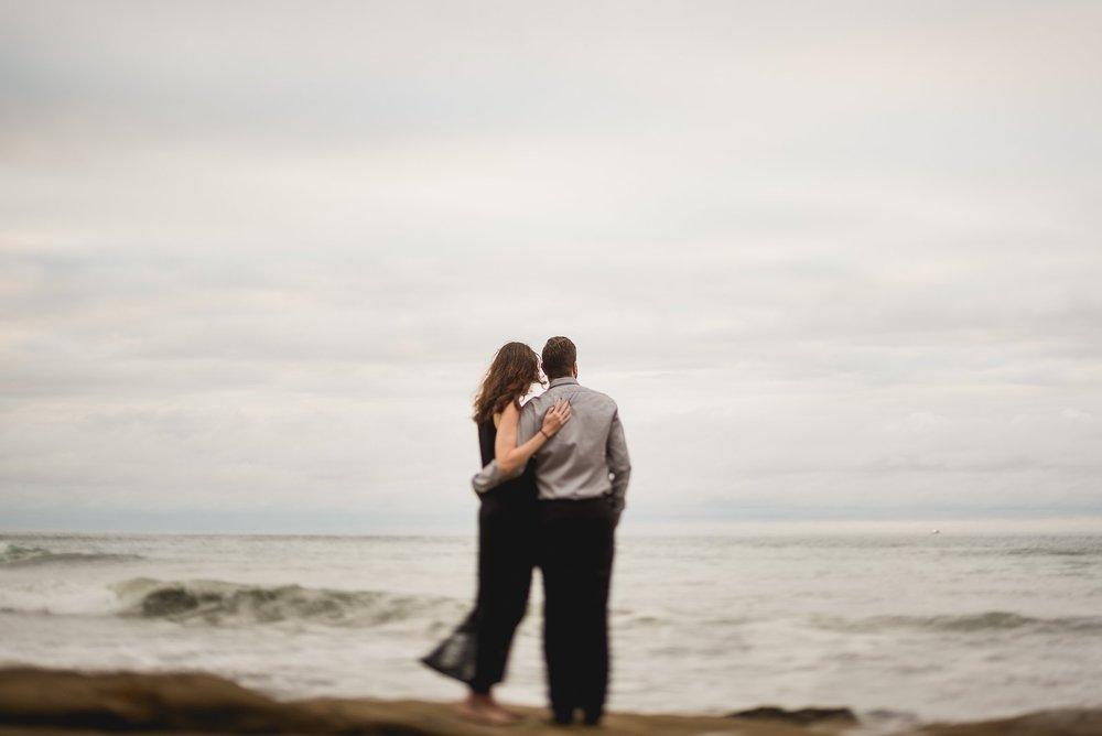 sunset-cliffs-engagement-session-photos
