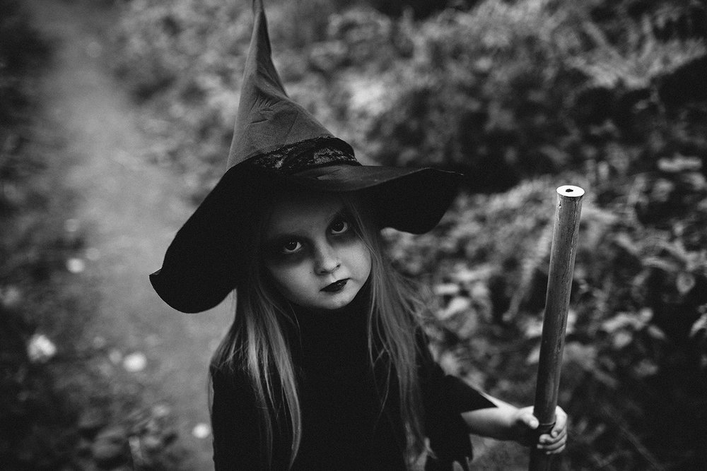 HALLOWEEN LITTLE WITCH RUTLAND PHOTOGRAPHER-36.jpg