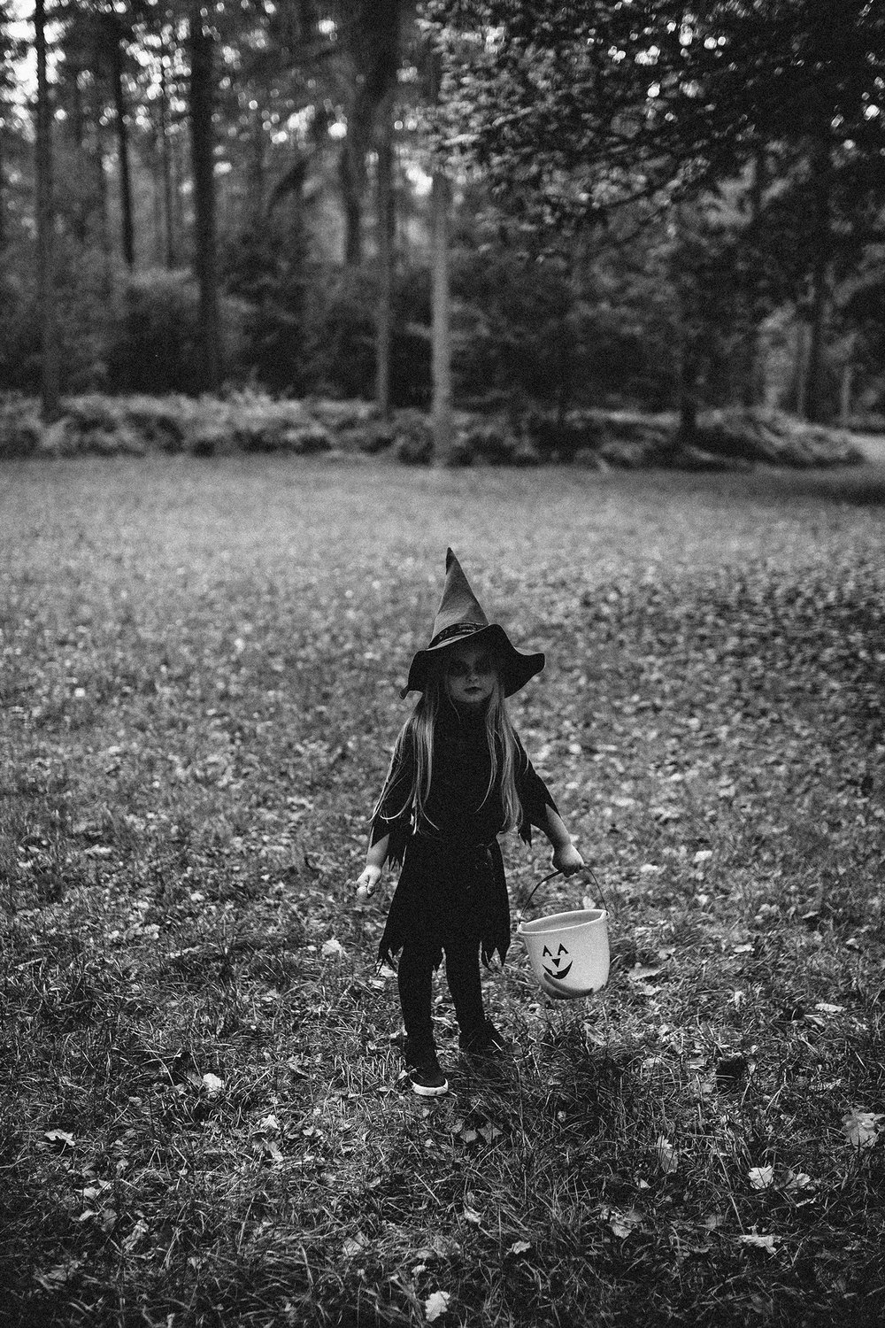 HALLOWEEN LITTLE WITCH RUTLAND PHOTOGRAPHER-51.jpg