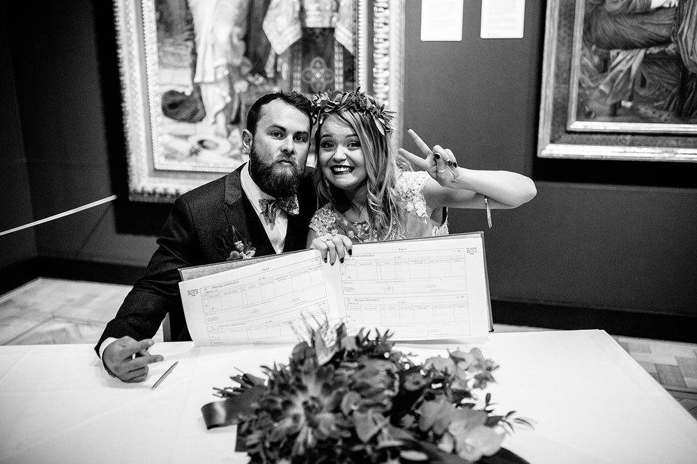 LAING ART GALLERY NEWCASTLE WEDDING PHOTOGRAPHY 78.JPG