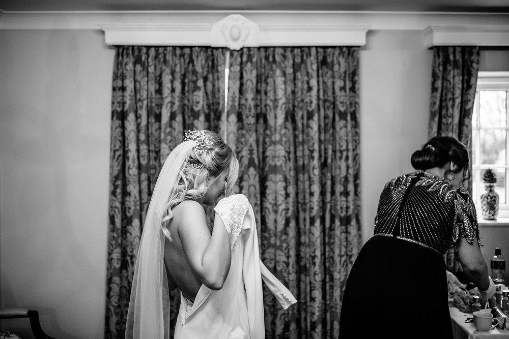 BARNSDALE LODGE WINTER WEDDING 05.JPG