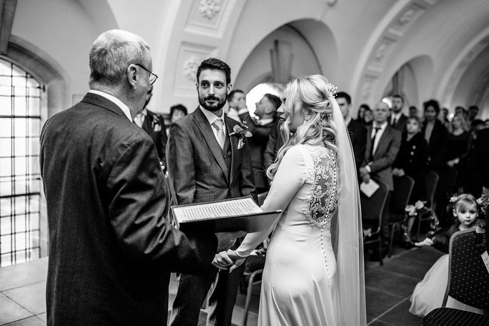 BARNSDALE LODGE WINTER WEDDING 14.JPG