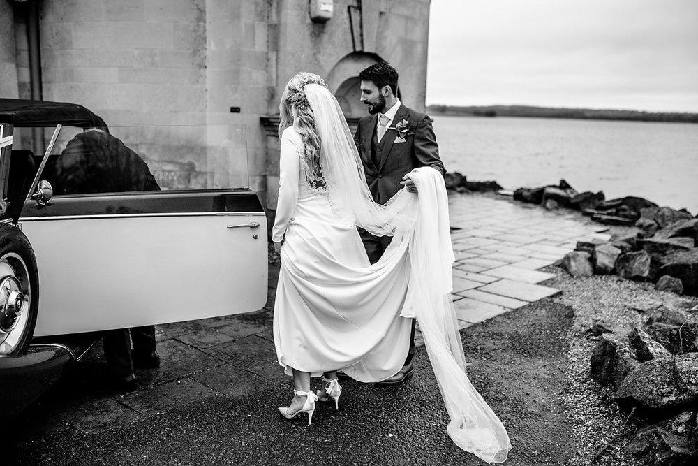 BARNSDALE LODGE WINTER WEDDING 23.JPG