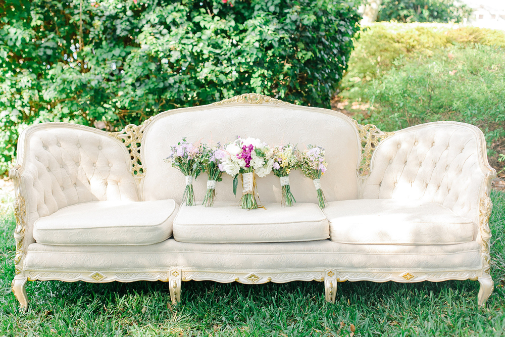 Antique Wedding Couch, via Oh Hello Events, Tampa, FL