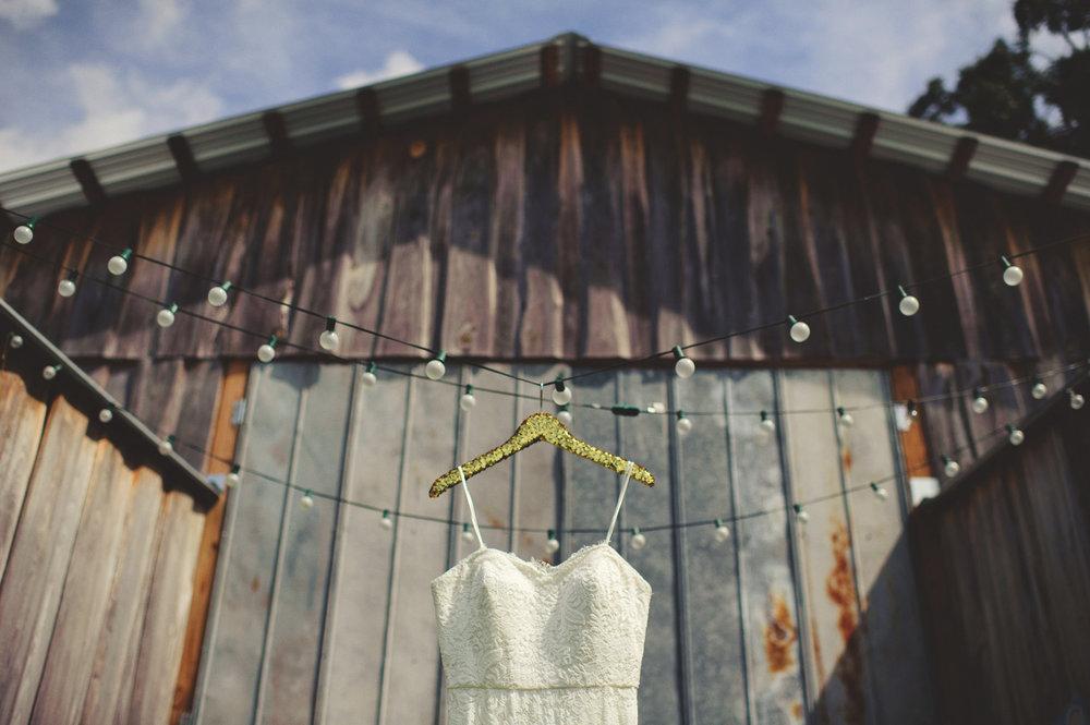 Malindy Elene Wedding Gown photo by Jason Mize Photography via Oh Hello Events