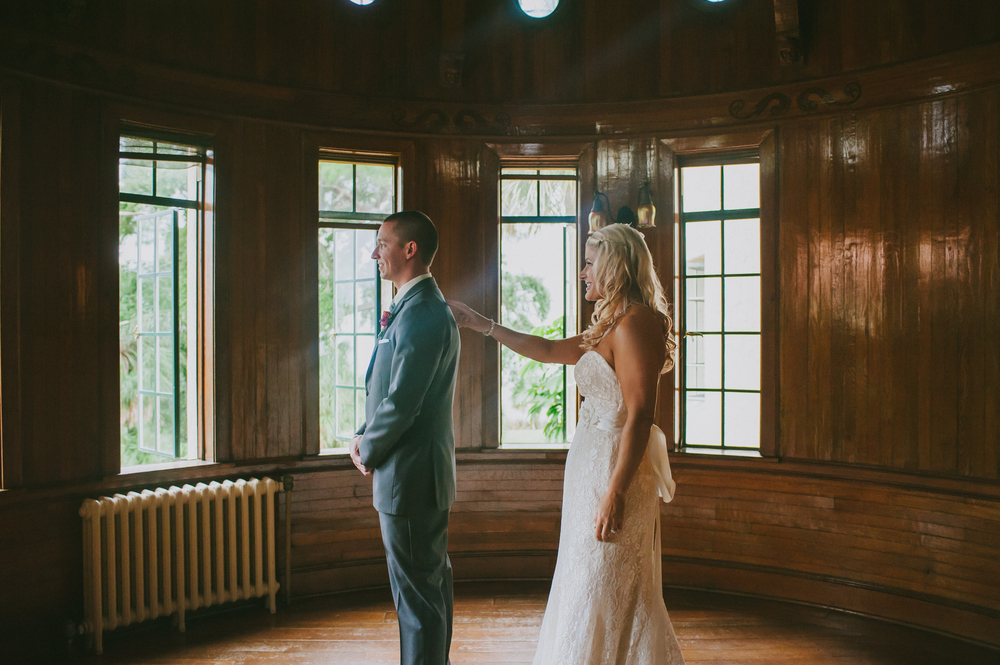 First Look, Powel Crosley Estate, Oh Hello Events, Jessica Charles Photography
