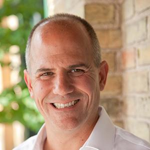 Iain Klugman       CEO,  Communitech