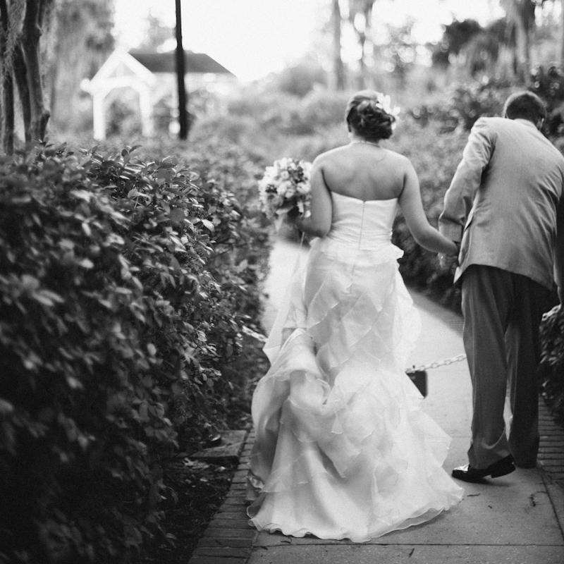 orlando_gainesville_jacksonville_wedding_photographer_cypress_grove_estate.jpg
