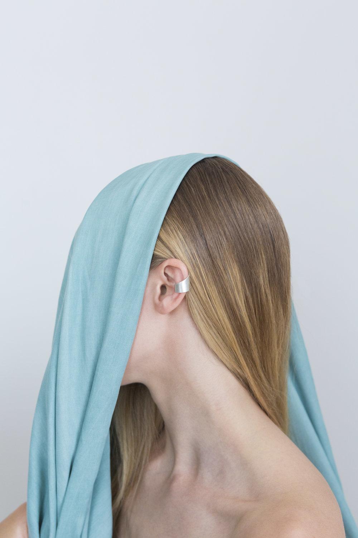 Arc-Jewellery-Sine-Ear-Cuff