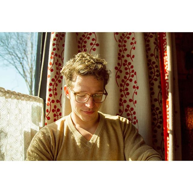 "A story about photo-making: 1. ""Wow, the light is really beautiful right now!"" Continues to read menu.   2. Poise   3. Annoyance 4. Acquiescence 📸 February 16, 2018 . . . . . #afternoonlight #brooklyn #cafe #brooklyncafe #portrait"
