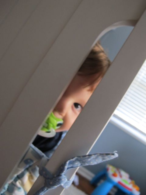 carter peeking2