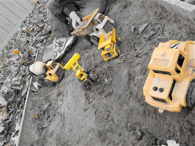 tractors in sand box
