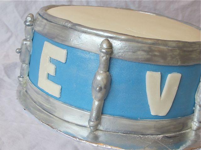drum cake4