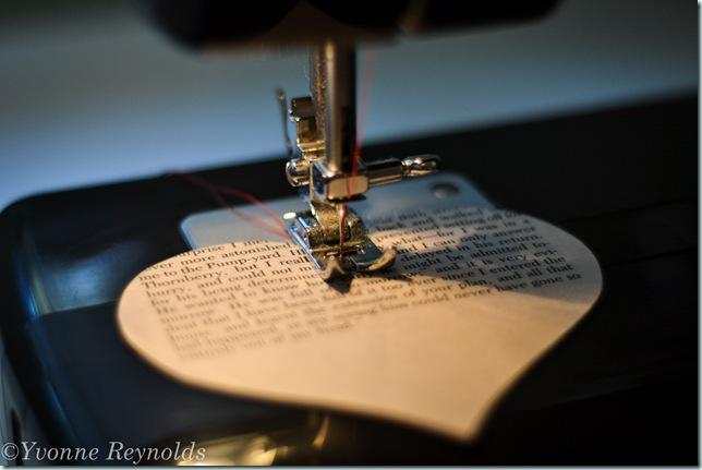 13_Feb_Valentine book garland_002_edit