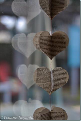 13_Feb_Valentine book garland_004_edit