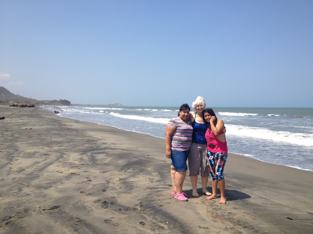 Angelica (the center director from Lina's project), me, and Lina loving our day at the beach!