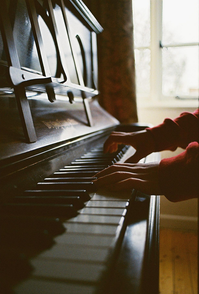 hellanne: Joe playing the piano (by Clickedyclickedy)