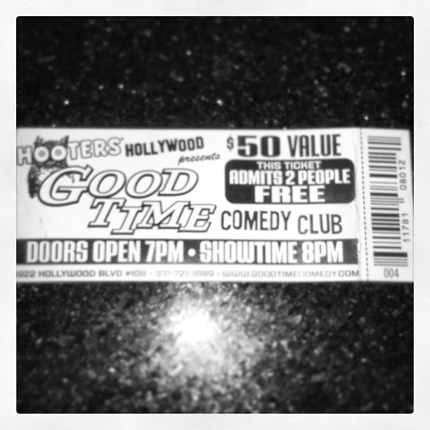 Come see me at http://t.co/ottmM0fhtG above the Hooters of Hollywood Sunday night! Show starts at 8 and its free!