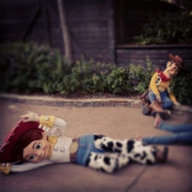 """If you yell, """"Andy's coming!"""" In front of any Toy Story characters in #Disney they will drop!!! #lol #Toystory #pixar"""