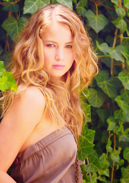 the-best-hunger-games-blog: oh my jen!