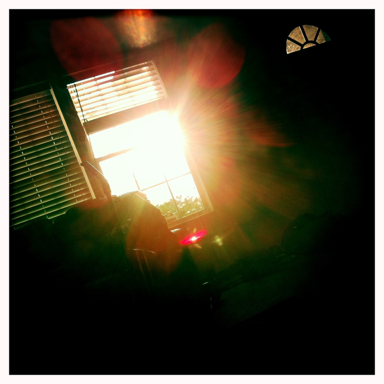 Sun coming through the window 8 John S Lens, Blanko Film, No Flash,