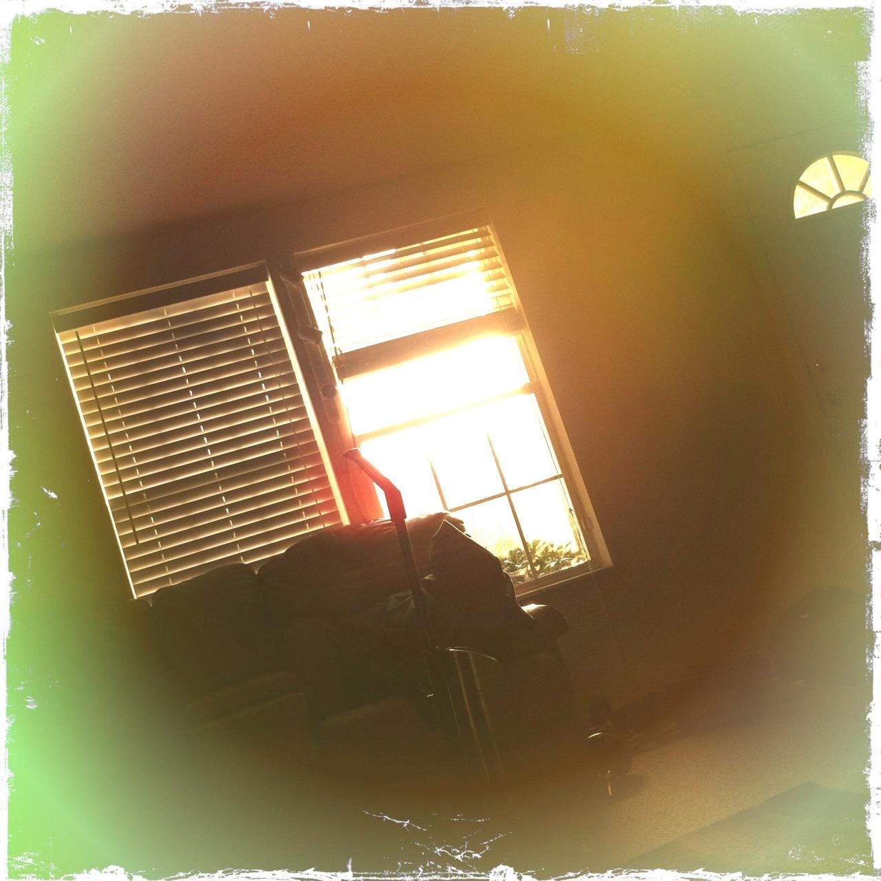 Morning sunrise 1 Jimmy Lens, Kodot XGrizzled Film, Cherry Shine Flash,