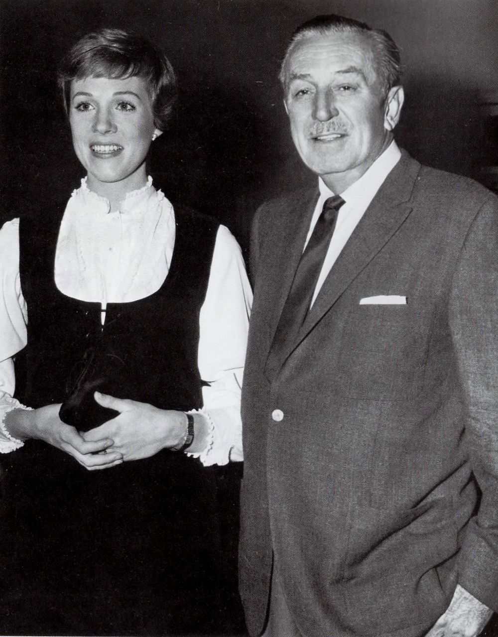 theguywholovesdisney: billy-hill: Julie Andrews and Walt Disney. <3