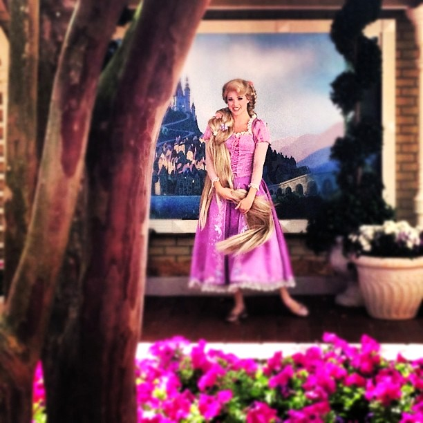 theguywholovesdisney: Rapunzel in her new location at Magic Kingdom