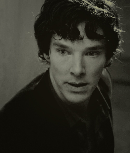 shenaniganing: why. why are you so pretty. Sherlock Hurry back :-(