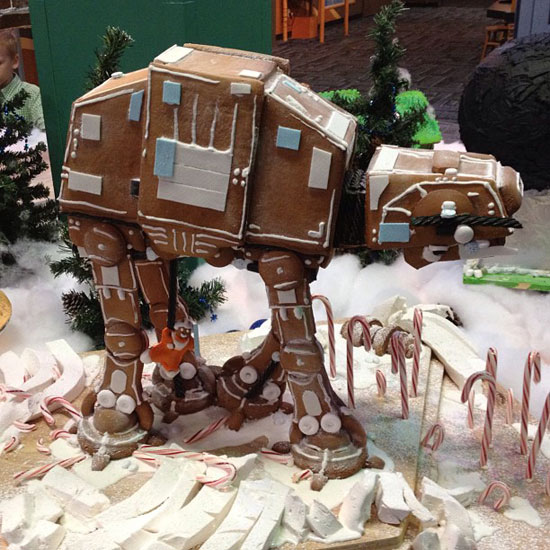 iheartchaos: Edible gingerbread AT-AT makes it feel like Christmas on Hoth This totally sweet AT-AT is designed by Rachel Klemek, owner of Blackmarket Bakery in Irvine, CA. Via