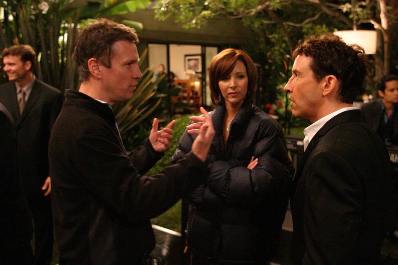 Don Roos, Lisa Kudrow and Steve Coogan on-set Happy Endings (2005)