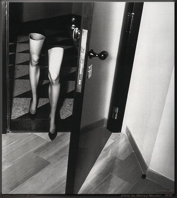 2headedsnake :      hitomimatarese.com    Helmut Newton